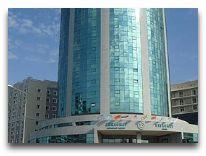 отель Diplomat: Фасад отеля