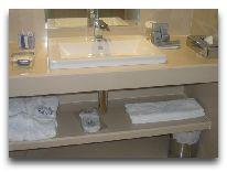 отель Dostyk: Ванная в номере