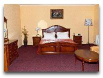 отель Dostyk A Б: Номер VIPLuxe