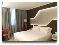 отель DoubleTree by Hilton Yerevan City Center: Номер Deluxe