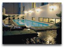 отель Duxton Hotel: Закрытый бассейн