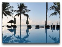 отель Dynasty Mui Ne Beach Resort: Бассейн