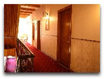 отель East Legend Panorama: Лестница между этажами