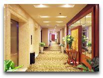отель Eden Saigon Hotel: Коридор отеля