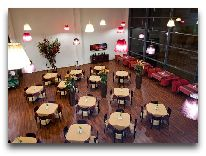 отель Egle+: Ресторан