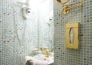 отель Ekesparre Residents Hotel: Ванна номера 8