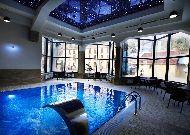 отель Elegant Hotel& Resort: Бассейн