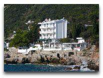 отель Elite: вид отеля с гор. пляжа
