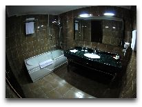 отель Era Palace: Ванная в номера полулюкс