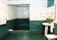 отель Erebuni Hotel: Ванная комната Family Suite