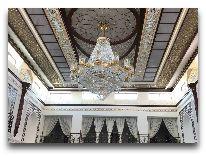 отель Erkin Palas: Холл отеля