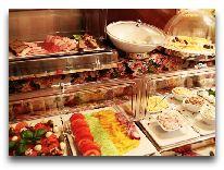 отель Ester: Завтрак