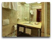отель Europejski: Ванная комната в люксе