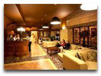 отель Europejski: Ресепшен отеля