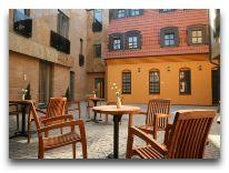 отель Euterpe: Внутренний дворик