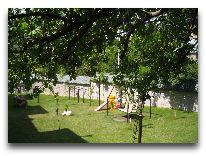 отель Evim: Детская площадка