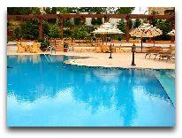 отель Excelsior Baku: Открытый басейн