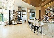 отель Fairmont Baku Flame Towers: Лобби бар Nur Lounge.
