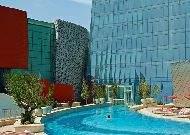 отель Fairmont Baku Flame Towers: Бассейн