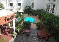 отель Festival Hue Hotel: Двор отеля