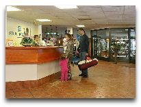 отель Fra Mare Thalasso SPA: Холл