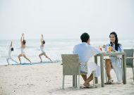 отель Fusion Maia Danang Resort: На пляже