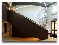 отель Futuro: Интерьер вход в отель