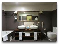 отель Gallery Park Hotel: Ванная в Gallery Deluxe