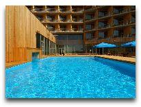 отель Georg Ots Spa: Открытый бассейн