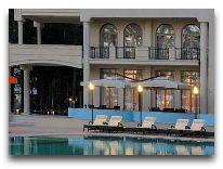 отель Georgia Palace Hotel: Бассейн отеля