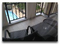 отель Georgia Palace Hotel: Балкон в номере Deluxe
