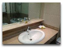 отель Georgia Palace Hotel: Ванная в номере Deluxe