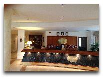 отель Georgia Palace Hotel: Ресепшен