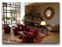 отель Georgia Palace Hotel: Холл отеля