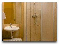 отель Corner: Ванная комната
