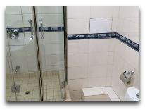 отель Golden Dragon: Ванная Standard, Sngl