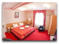 отель Golden Dragon: Номер Luxe Малевич