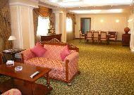 отель Golden Palas Hotel Yerevan: Гостинная номера Presidential Suite