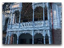 отель Golden Tulip Borjomi Palace: Фасад отеля