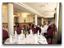 отель Meriton Grand Hotel Tallinn: Ресторан