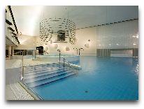 отель Meriton Grand Hotel Tallinn: Бассейн