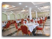 отель Grand Bukhara: Ресторан