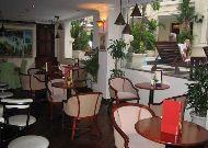 отель Grand Hotel: Бар у бассйена