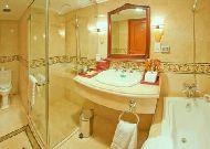 отель Grand Hotel: Ванная в двухместном номере