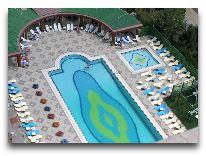 отель Grand Hotel Europe Baku: Бассейн
