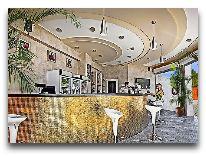 отель Grand Marine: Бар у бассейна