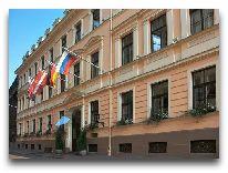 отель Grand Palace: Фасад отеля