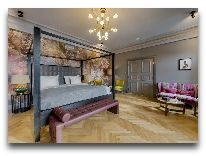 отель Grand Poet by Semarah: Номер Grand Suite