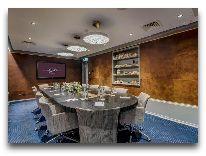 отель Grand Poet by Semarah: Переговорная комната