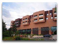 отель Grand Turkmen: Фасад